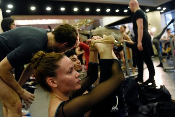 Clase abierta del Ballet Nacional del Sodre, en el Auditorio Nacional del Sodre, Montevideo. || Nicolás Celaya