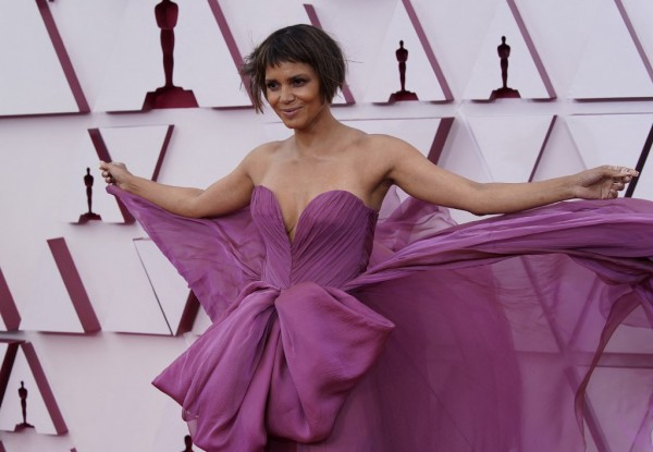 Halle Berry || AFP