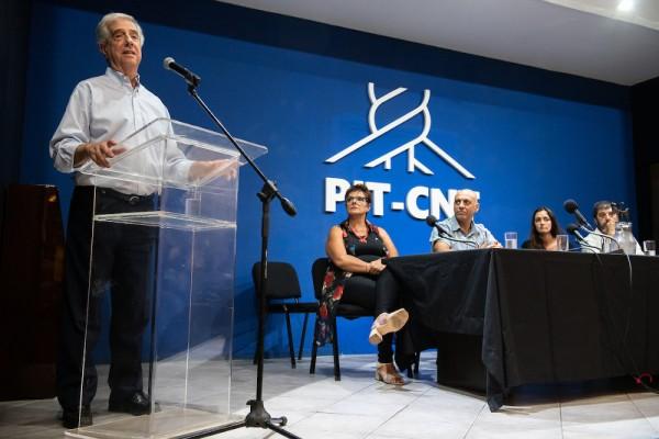 Santiago Mazzarovich / adhocFOTOS