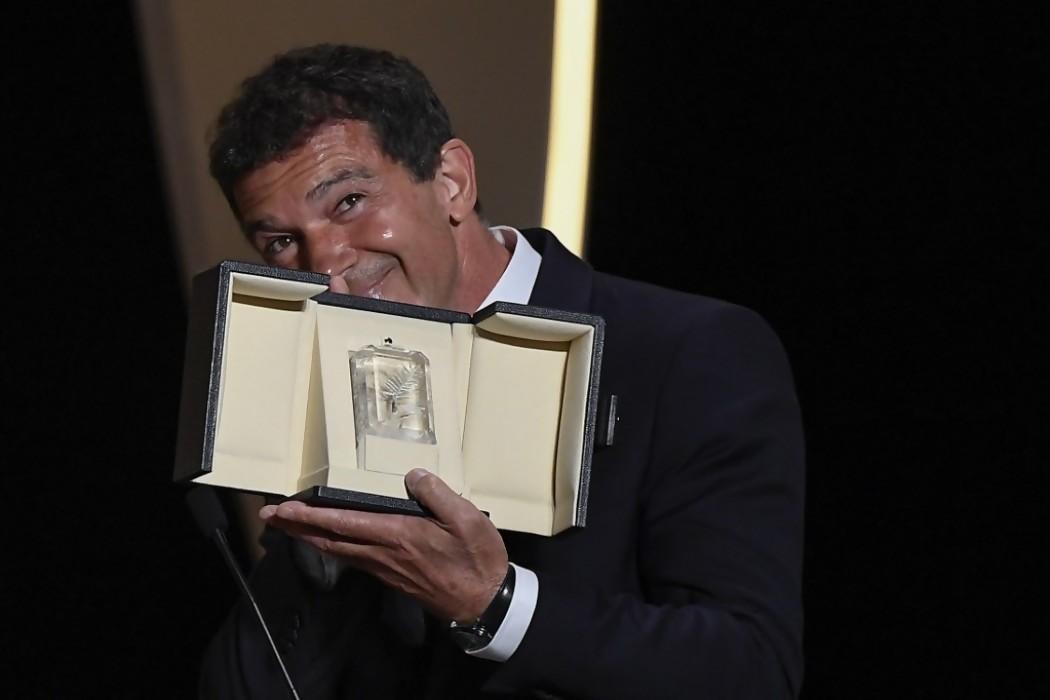 Antonio Banderas, premio a la mejor interpretación masculina en Cannes — 180.com.uy | Del Sol 99.5 en el Mundial Rusia 2018