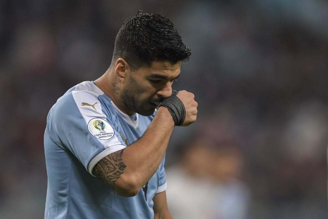 Uruguay descarta lesión en mano de Suárez y es optimista con vuelta de Laxalt en fase final — 180 | Del Sol 99.5 en el la Copa América 2019
