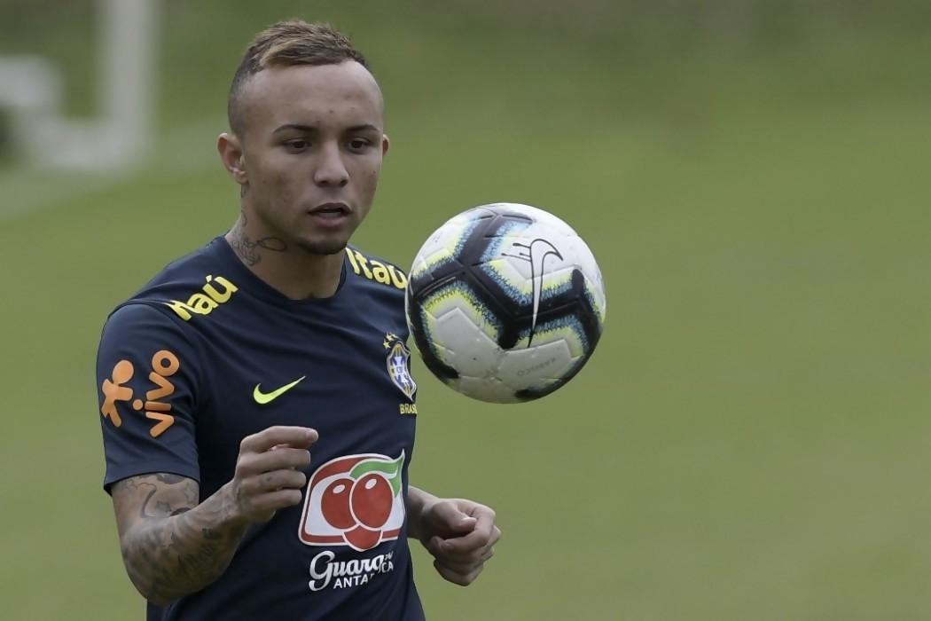 Brasil sale a apartar a Paraguay de su camino a semifinales — Noticias | Del Sol 99.5 en el la Copa América 2019