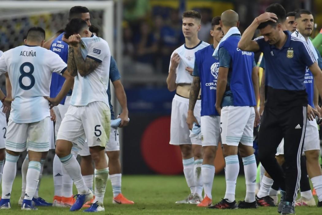 La nueva frustración de Argentina deja a Scaloni en la cuerda floja — Noticias | Del Sol 99.5 en el la Copa América 2019