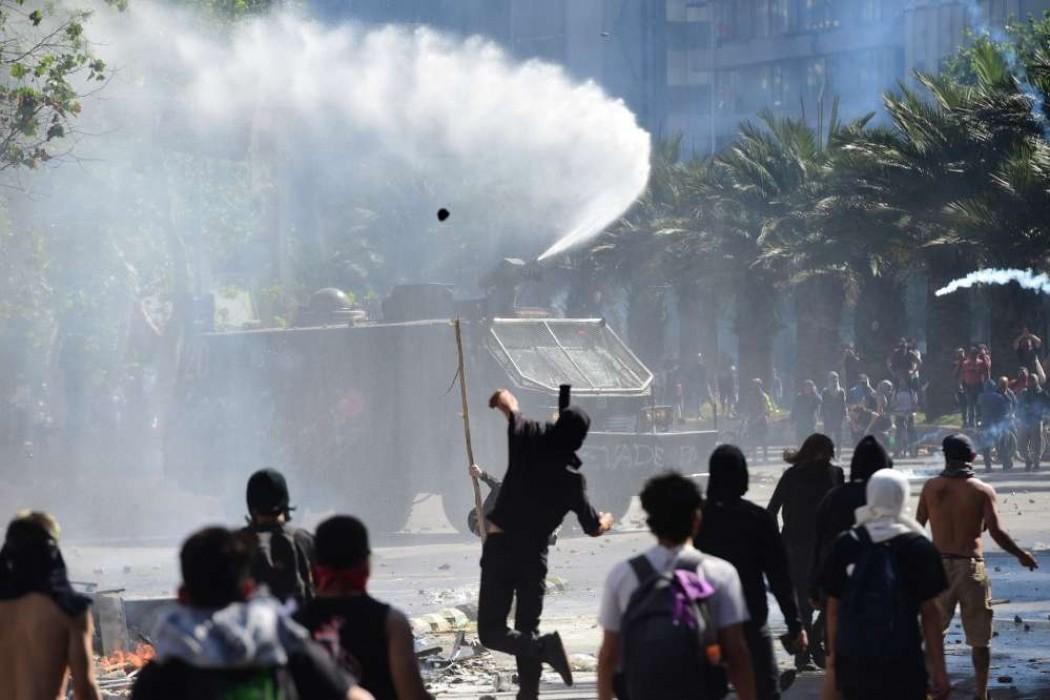 Toque de queda por tercera noche en Chile tras estallido social que dejó 11 muertos — 180.com.uy | Del Sol 99.5 en el la Copa América 2019
