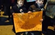"""Portal 180 - """"A mis hijos no los tocan"""", marcha contra la guía de educación sexual"""