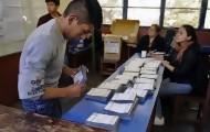 Portal 180 - Morales festeja sin hablar de balotaje en Bolivia; opositor Mesa reinvidica estar en segunda vuelta