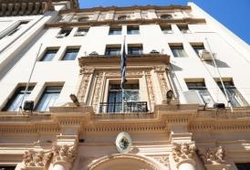 Portal 180 - Justicia reclama acelerar habilitación de residenciales para adultos mayores