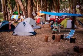 Portal 180 - 11 personajes que nunca faltan en un camping uruguayo