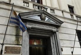 Portal 180 - Economía uruguaya evita la recesión técnica pero continúa estancada
