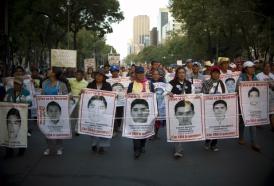 Portal 180 - Dos años después, México no puede lavar mancha de Ayotzinapa