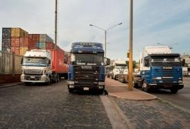 """Portal 180 - Manejan el camión sin límite de horas por """"donde anda la gente común"""""""