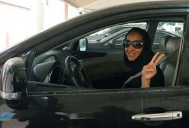 Portal 180 - Las mujeres saudíes, autorizadas también a conducir motos y camiones