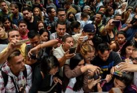 Portal 180 - Venezolanos abarrotaron consulado chileno en busca de visa especial