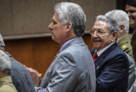 Portal 180 - Miguel Díaz-Canel, revolucionario en bicicleta, listo para gobernar Cuba