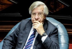Portal 180 - Astori presentó proyecto de Rendición de Cuentas a legisladores del FA