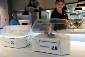 Portal 180 - China experimenta el robot-mozo