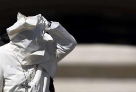 """Portal 180 - El Vaticano siente """"vergüenza"""" tras el caso de curas pederastas en EEUU"""