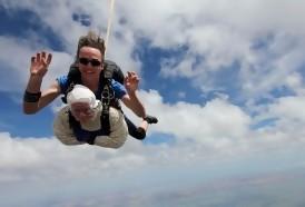 Portal 180 - Una bisabuela de 102 años se convierte en la paracaidista más anciana del planeta