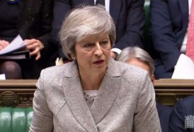 Portal 180 - May sobrevive al ataque de sus propios diputados por el acuerdo de Brexit