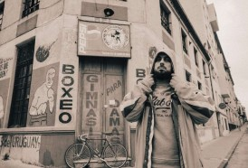 Portal 180 - Santi Mostaffa rapea en voz alta y fuera del gueto