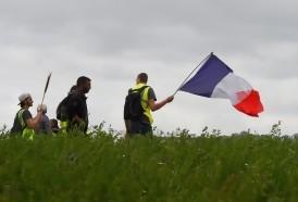 Portal 180 - Promesas de Macron a chalecos amarillos costarán 17.000 millones de euros