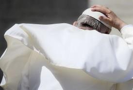 Portal 180 - Francisco obliga legalmente al clero a denunciar los abusos sexuales