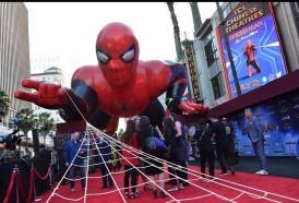 """Portal 180 - """"Spider-Man"""" trepa a la punta de la taquilla de EE.UU."""