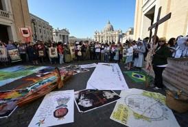 Portal 180 - Decenas de padres sinodales pactan una Iglesia amazónica, pobre y ecológica