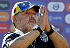 Portal 180 - Maradona renueva contrato con Gimnasia y Esgrima