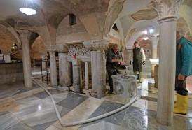 Portal 180 - Los mosaicos y columnas de basílica de San Marcos de Venecia dañados por la inundación