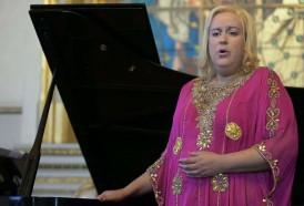 Portal 180 - De tenor a soprano, la argentina transexual que brilla en el Teatro Colón