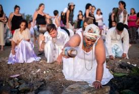 Portal 180 - Las imágenes del culto a Iemanja en Playa Ramírez
