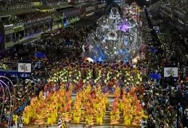 Portal 180 - El carnaval de Rio arrancó con todo su esplendor y un fuerte tono de protesta