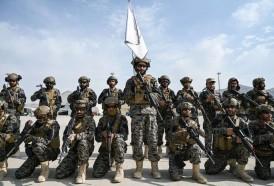 Portal 180 - Los talibanes desfilan triunfales en el aeropuerto de Kabul tras la retirada de EEUU