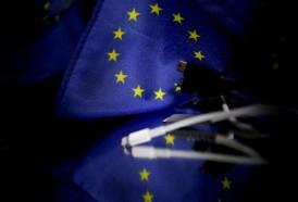 Portal 180 - La UE propone un cargador universal, ante la firme oposición de Apple