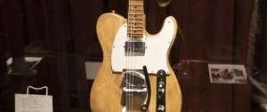 Portal 180 - Una guitarra eléctrica de Bob Dylan subastada por 495.000 dólares
