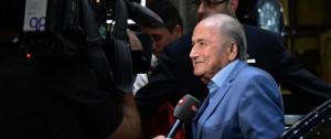 Portal 180 - Blatter desea que una candidatura británica logre la sede del Mundial 2030