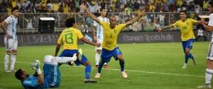 Portal 180 - Brasil vence 1-0 a Argentina en un deslucido superclásico