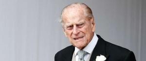 Portal 180 - El príncipe Felipe, de 97 años, volvió a manejar pero sin cinturón de seguridad