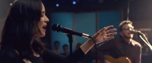 Portal 180 - No te va gustar estrena versión de Chau junto a Julieta Venegas