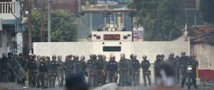 Portal 180 - Oposición venezolana busca ingresar ayuda pese al cierre de frontera con Colombia