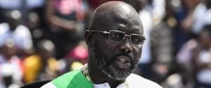 Portal 180 - Dos serpientes impiden al presidente de Liberia entrar a su despacho