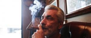Portal 180 - Beverly Hills prohíbe venta de tabaco con excepción para clubes de habanos