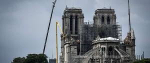Portal 180 - Encuentran la estatua de un ángel de la bóveda de Notre Dame
