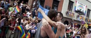 Portal 180 - Nueva York celebra los 50 años de la revolución gay