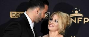 """Portal 180 - Pamela Anderson rompió con el futbolista Adil Rami, que llevaba """"una doble vida"""""""
