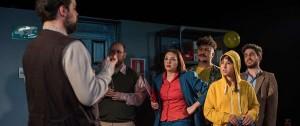 Portal 180 - Protocolo Sorpresa, una comedia con tintes oscuros