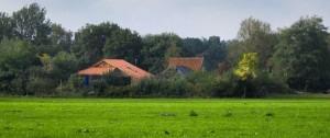 Portal 180 - El sospechoso de recluir durante años a una familia en una granja holandesa fue inculpado