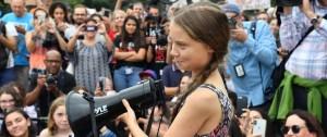 """Portal 180 - Trump dice que Greta Thunberg debería """"relajarse"""" e ir al cine"""