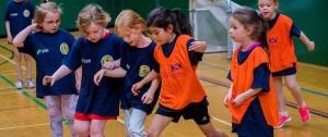 Portal 180 - Escocia va a prohibir a los niños cabecear el balón